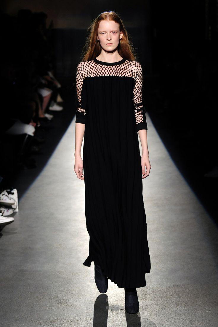 Lutz Huelle Spring 2016 Ready-to-Wear Collection Photos - Vogue