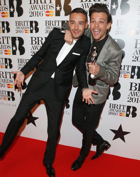 | ONE DIRECTION'S LIAM and LOUIS ENJOY A REUNION and PICK UP A BRIT AWARD ! | http://www.boybands.co.uk