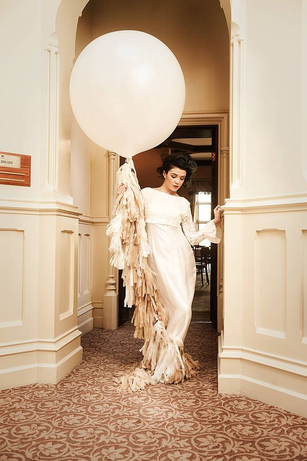 Giant wedding balloons will give instant impact to your big day decor. We share giant wedding balloon ideas and inspiration!