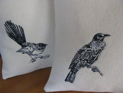 Tui - cushion cover