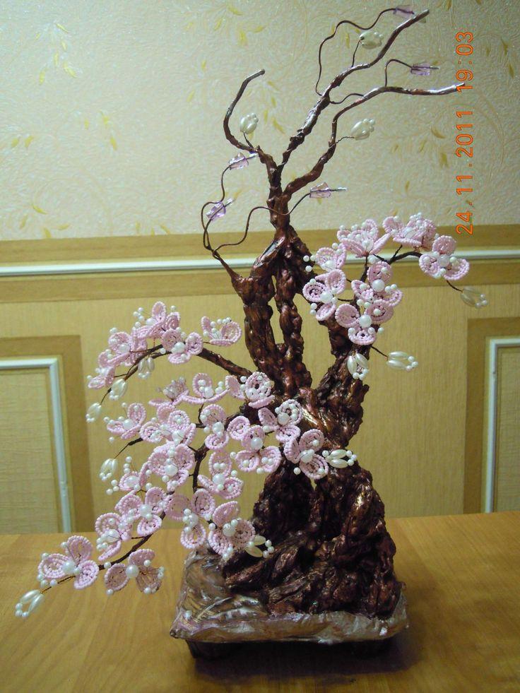 Цветы на коряге из бисера, для дома купить