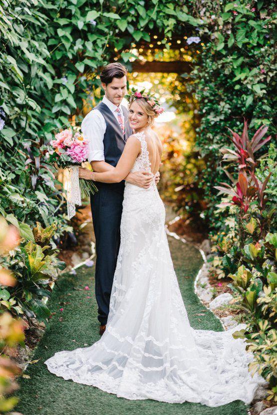 Colorful Florida Orange Grove Wedding Everence Photography Bold Flower Crown Bohemian Essense Of