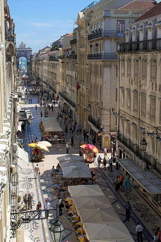 Rua Augusta, Lisbon fineartamerica.com