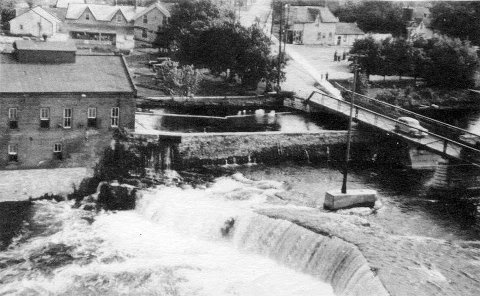 love the old shots of Fenelon Falls, Ontario, not mine, I just love to show them!