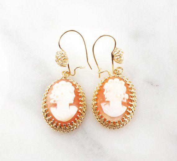 Sweet 14k Gold Vintage Carved Rose Dangle Earrings.