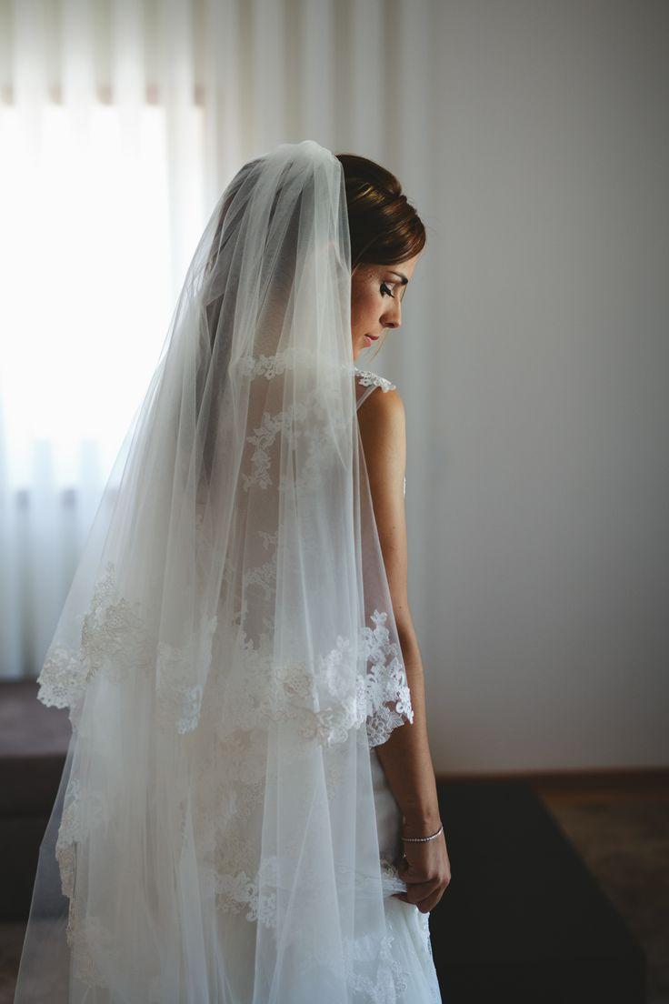 Portugal Wedding - Dado Calabresi and Teresa Guerreiro of Arte Magna Fotografia- Portugal wedding photographer #portugal #destinationportugal #guimarães #porto #wedding #fotografiadecasamentoportugal #casaremportugal #artemagna #weddinginspiration #bride #weddingdress