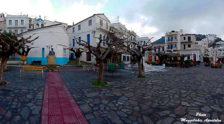 Πλατεία Αγίου Κηρύκου - Agios Kyrikos Plaza