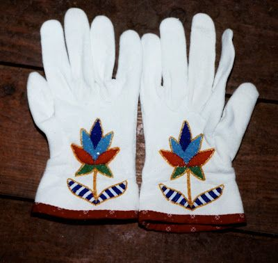 Angela Swedberg: Beaded Gauntlet Gloves