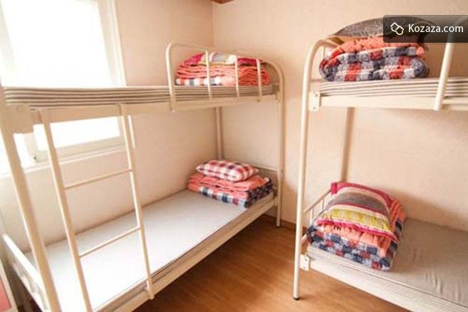 Guesthouse in Hongdae: 4 Bed Mixed Dormitory