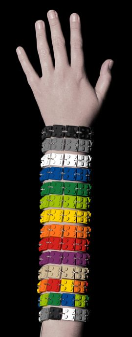 i love these Lego bracelets and would wear at least one every day if i owned them!