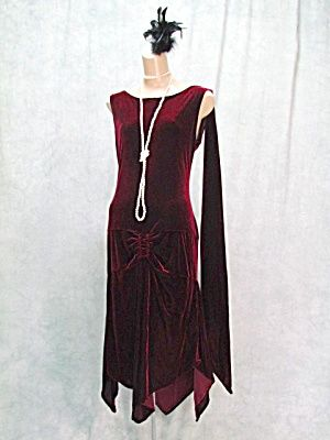 1920s FLAPPER GATSBY ROARING 20s SPEAKEASY DRESS PLUS (FLAPPER DRESS - Fringed - Gatsby - Roaring 20s - Speakeasy) at Klassic Line Vintage Clothing & Costume