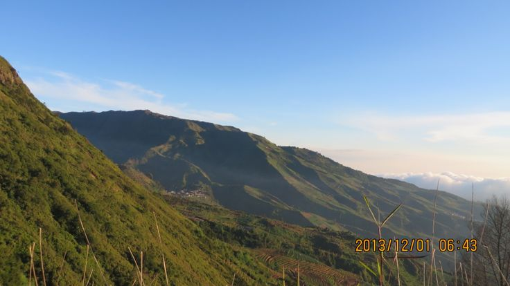 amazing view seen from bukit sikunir Dieng plateau