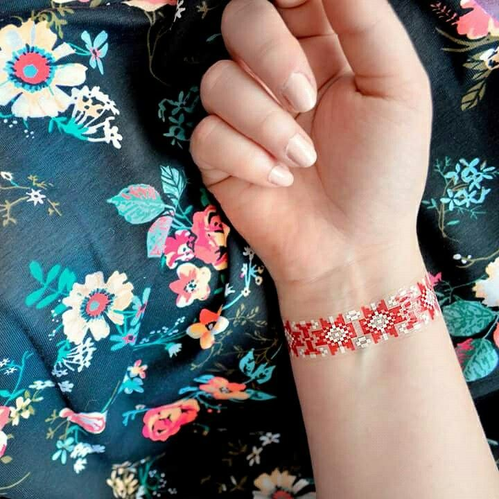 Temporary tattoo with a traditional romanian design by www.goldtattoo.ro