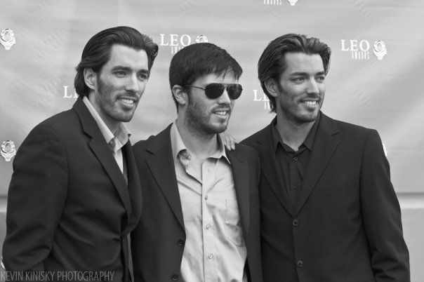 """2009 Leo Film & Television Awards"" Red Carpet Event Jonathan with Drew Scott and JD Scott. 05/09/2009"