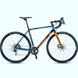 KTM Bikes are now available in the USA. This Canic CXA looks tight. Check them out @ktmbikesusa #ktmbikes #cyclocross #cx #roadbike #mtb #mountainbike #bike #bicycle #cycling #bicycling #velo #bikelove #ride