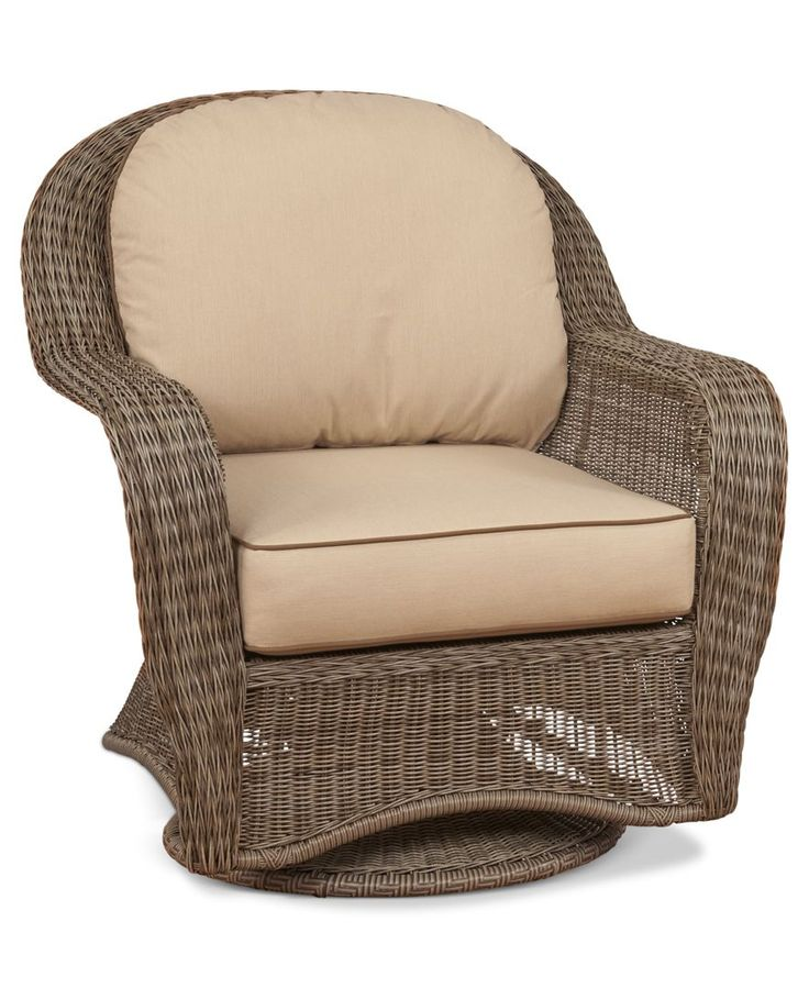 Sandy Cove Wicker Outdoor Swivel Chair: Custom Colors