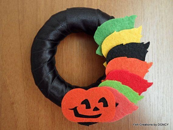 Halloween wreathFelt halloween decorFelt by FeltCreationsbyDGNCY