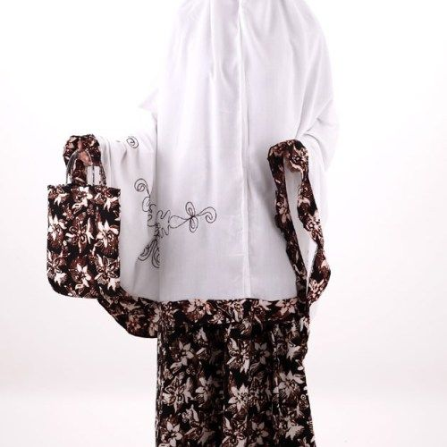 jual mukena batik motif bunga indah, batik ciri khas indonesia.  #mukenabatik #jualmukenabatik #mukenamotifbatik