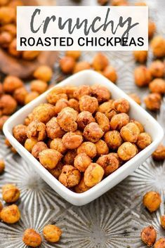 These perfectly seasoned Crunchy Roasted Chickpeas make a great snack or salad t…   – Vegan