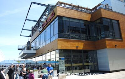 Find South Boston Waterfront restaurants and bars with waterfront views in Seaport. Best places to eat and drink near Boston Convention Center, Blue Hills Pavilion, & CruisePort.