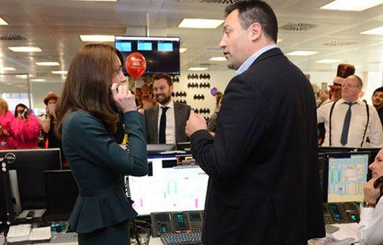 Düşes broker oldu - Cambridge Dükü Prens William ve Düşes Kate, Londra Borsası\'nda işlem yaptı