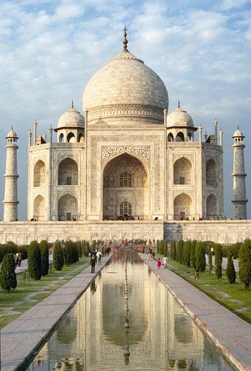 Taj Mahal!  Dazzling Dubai & India Express - Friendly Planet Travel