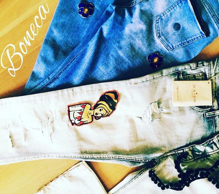 #Boneca #jeans #fashion #collection personalizza il #denim!  Lavabili a 30 gradi  Pezzi unici  Ogni capo ritrae e racconta la storia di una donna simbolo del suo Paese #lasmeninas