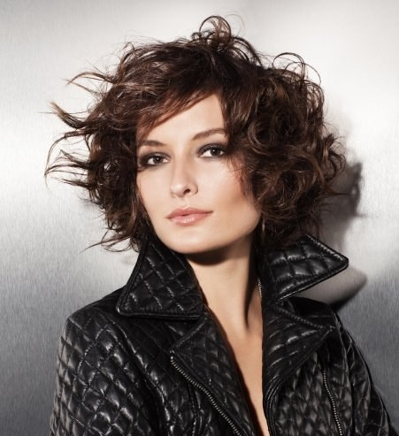 14 best carr boucl ondul ou fris coupe de cheveux images on pinterest hairstyles hair - Coiffure carre boucle ...