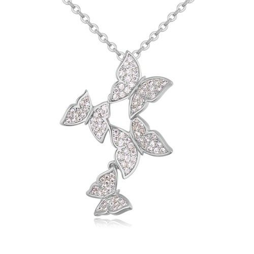 $11,7 Butterflies dance Swarovski crystal necklace Yohanna Jewelry Wholesale. BEST PRICE: Directly in the jewelry factory. VAT-free shopping: Available, partners based in the European Union, only applies to EU tax identification number (UID). Exclusive design SWAROVSKI crystals and AAA Zircon crystal jewelry and men's stainless steel jewelry and high-quality stainless steel jewelry for couples sell in bulk to resellers! Please contact us.