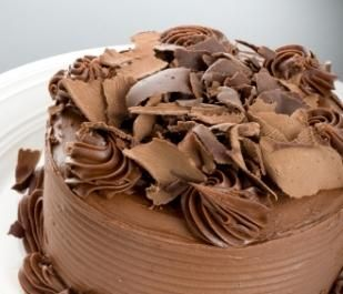 Cake Decorating Chocolate Curls : 102 best images about Cake Styling on Pinterest ...