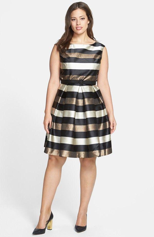 Trendy Holiday Dresses