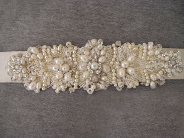 Custom made hand Beaded Pearl Lazaro wedding sash/belt for sale :  wedding sash belt applique 1 applique lazarro lazzaro designer gray vintage traditional glam white ivory silver dress jewelry taupe accesories Lazaro Bridalbelt