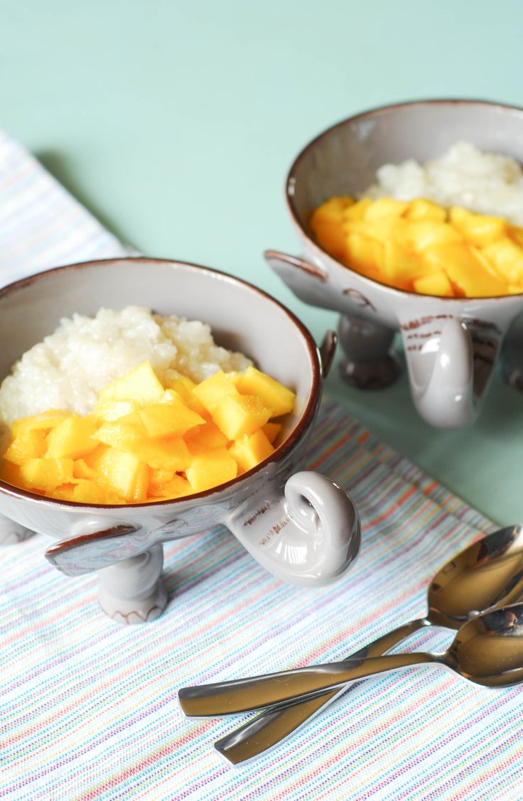 You can make the most beloved Thai dessert, mango sticky rice, easily at home!