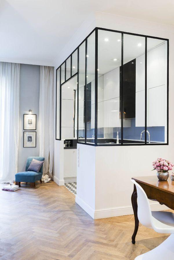 http://czasnawnetrze.pl/mieszkanie-i-dom/inspirujace-wnetrza/14166-antyki-i-design-eklektyczne-mieszkanie-w-kamienicy