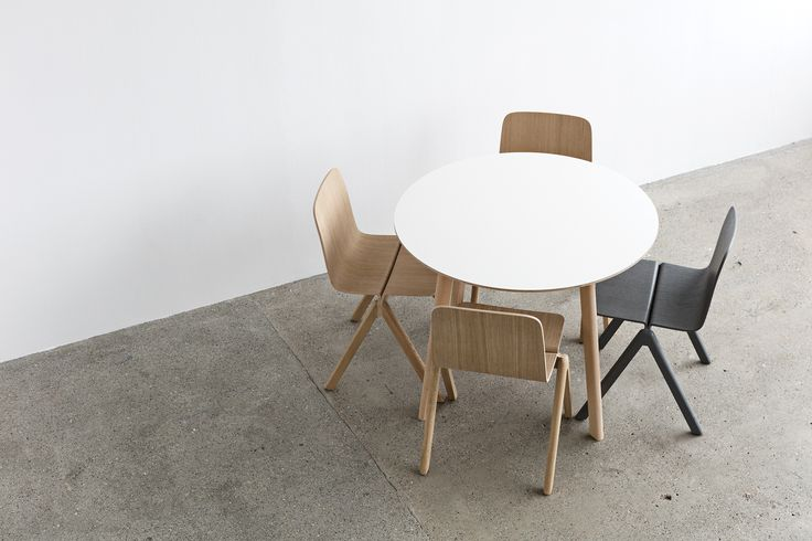 CPH Deux chair and table.
