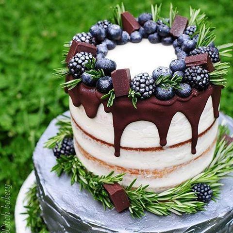 Drooling over this @kitchen_witch_bakery creation with a touch of chocolate! #KitchenWitchBakery #cake #bridalshower #weddingcake #cakes #nomnom #dessert #yummy #instayum #instafood #food #instacake #bakery #cakeartist #weddinginspiration #friyay #nakedca