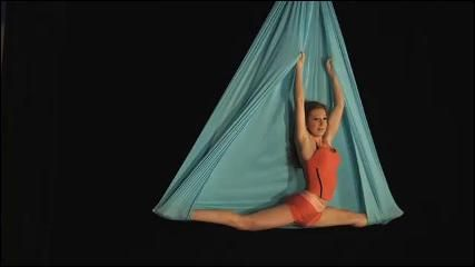 aerial hammock goal to be in full split on this move