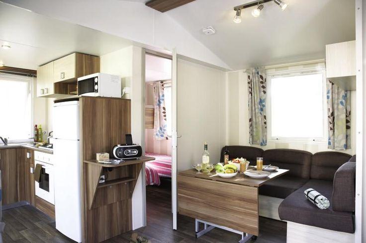 Vista to nowoczesne zakwaterowanie, będące połączeniem jakości i funkcjonalności. Mobile home typu Vista zaskakuje niezwykłym komfortem, pięknym designem i świetnym wyposażnieniem.  http://www.eurocamp.pl/zakwaterowanie/mobile-homey-typu-vista-1