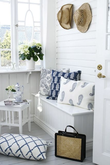From the HGTV Color board white~navy  I like the fresh feel of the white with blue accents