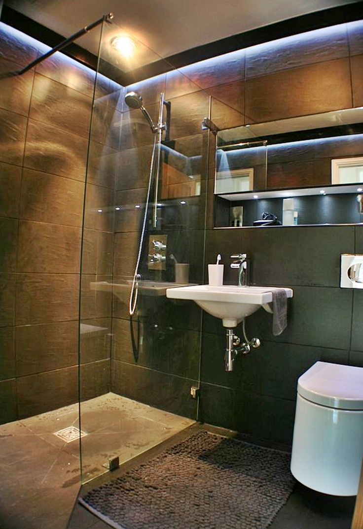 34 best restaurant bathroom images on pinterest for Bathroom design restaurant