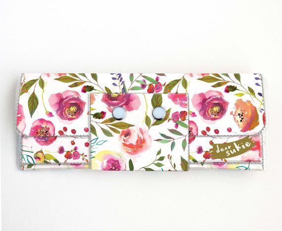 Check out this item in my Etsy shop https://www.etsy.com/ca/listing/499429976/vinyl-long-wallet-pastel-floral-pink