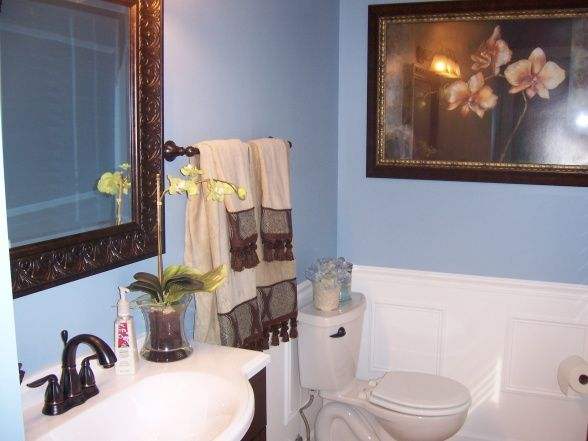 29 best images about blue brown bathroom on pinterest for Blue and brown bathroom designs