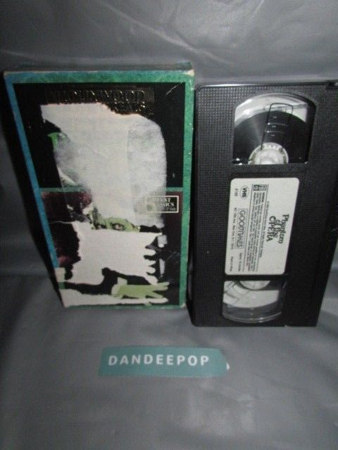 The Phantom Of the Opera 1990 VHS Movie #thephantomofteopera #dandeepop #vhs #movie #video find me at dandeepop.com