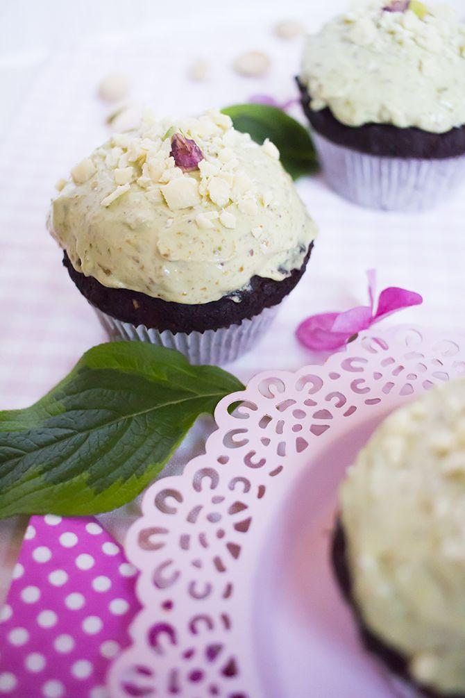 Low Carb Pistazien-Schoko-Cupcakes – Low Carb Köstlichkeiten
