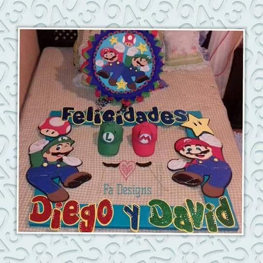 Marco para selfies, piñata y gorras de Mario Bros y Luigi Falon Porras