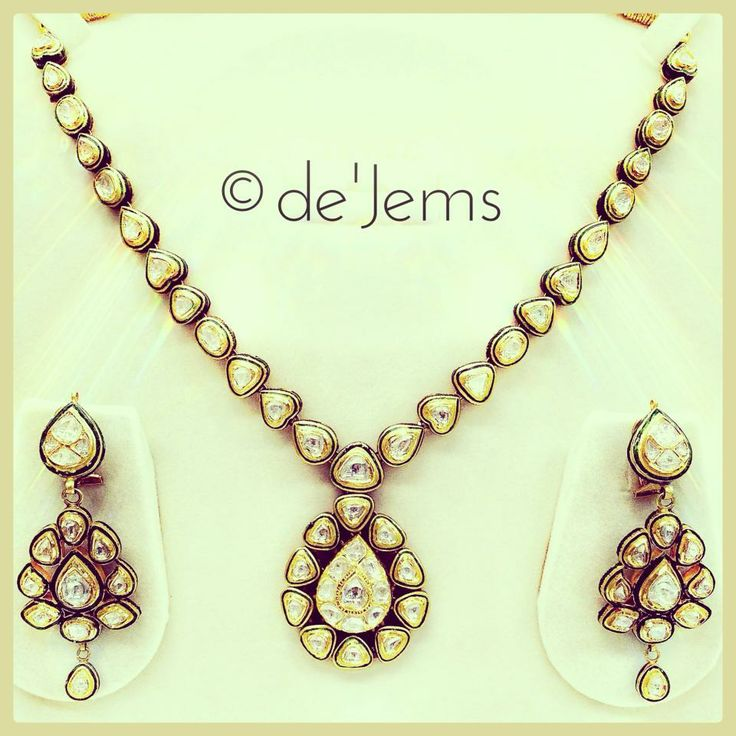 Jadau necklace, ft. 12.65ct of uncut diamonds set in pure gold, surrounded by fine meenawork. For Rs.2,70,000/- only.