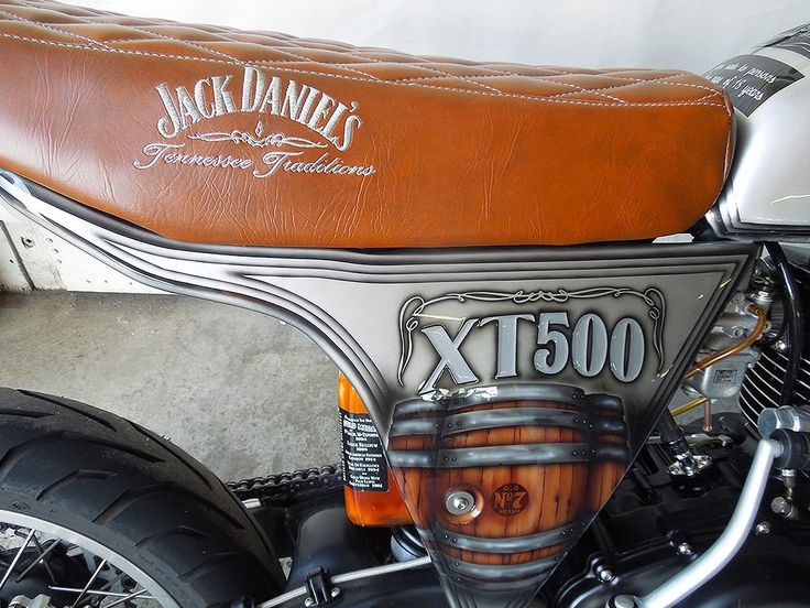 On The Rocks | Yamaha XT 500. Design concept: Jack Daniels. Custom seat and painted by PAZ.