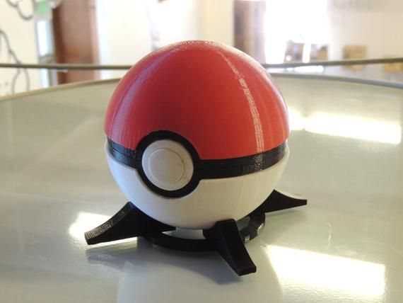 Pokeball Replica Functioning Button Release Lid