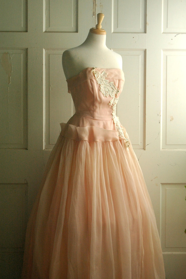 Vintage prom dress via etsy ideas for protocol pinterest for Vintage sites like etsy