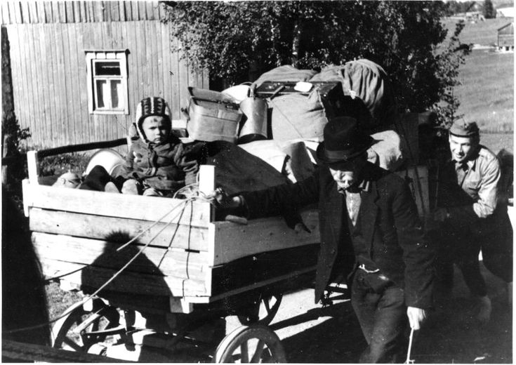 Evakkomatkalla. Karelians being evacuated.  WW2 (Winter War? It doesn't look like winter..so probably late Autumn before winter set in)